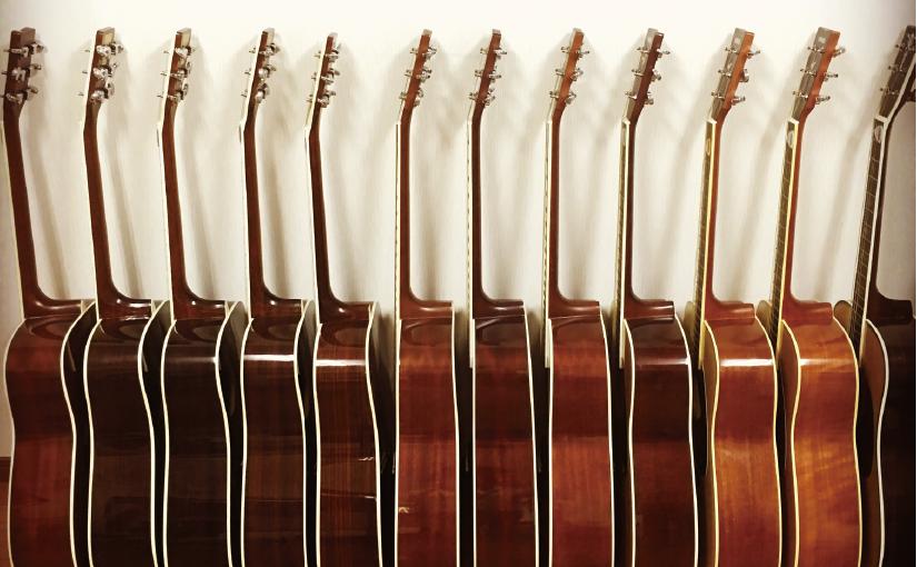 今年も中学校のギターメンテナンスを行いました!